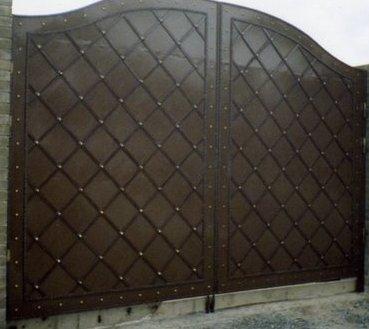 ворота кованые металл